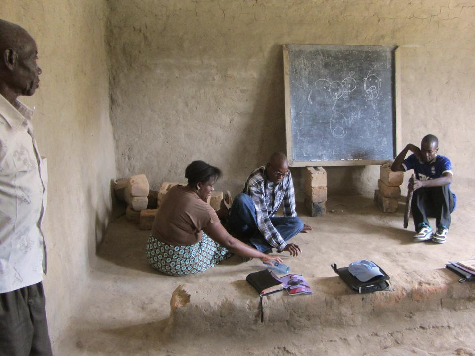 Hands at Work leaders facilitating a Maranatha Workshop in Zambia