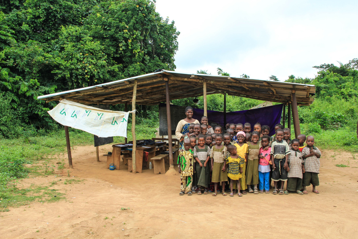 Lashidi Community School in Elekuru. Elizabeth, the teacher and Care Worker, teaches 38 children from nursery to grade 1 who are unable to walk the 2 hour journey to the main Elekuru Community School.