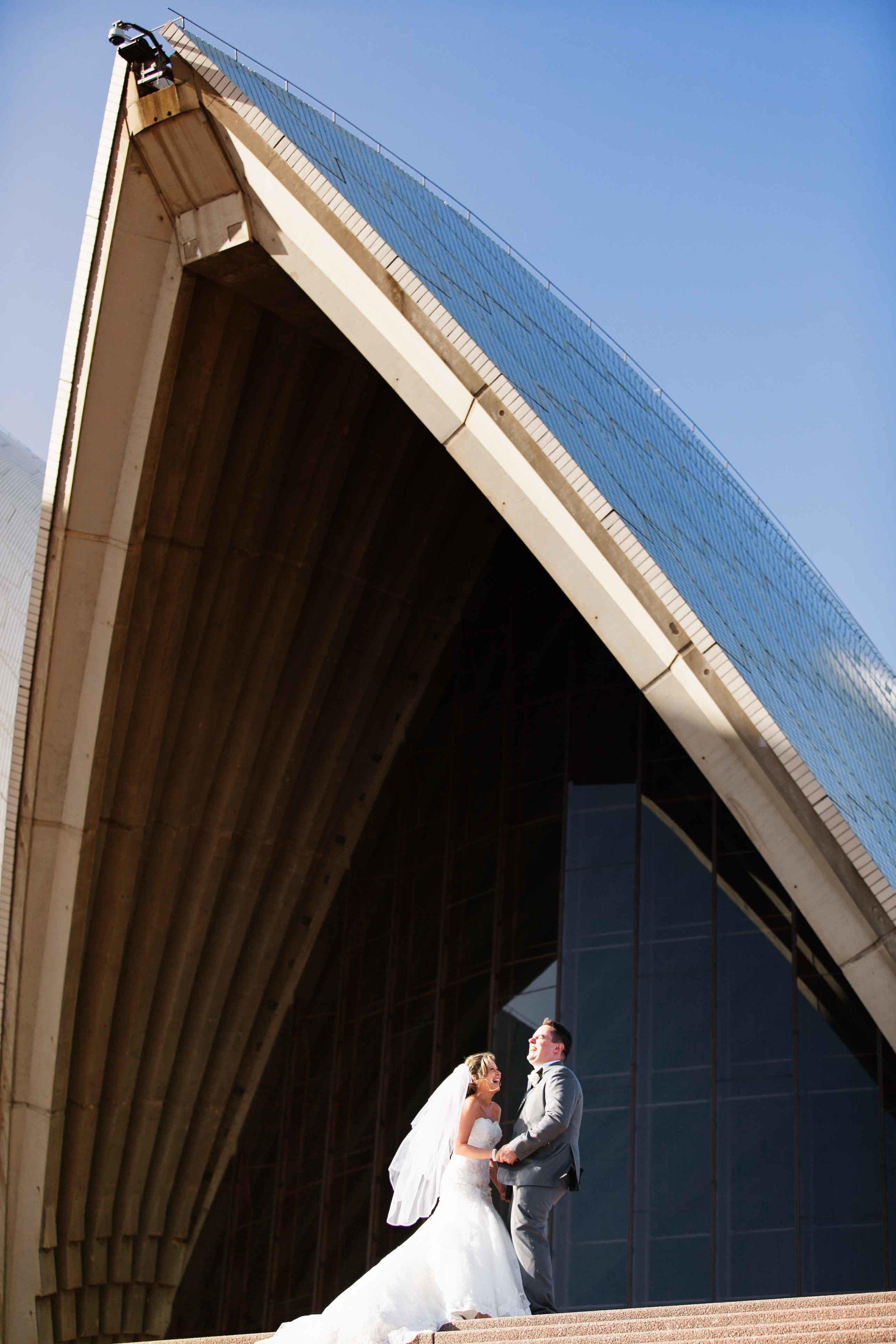 Kylie and Travis wedding at Sydney Opera House