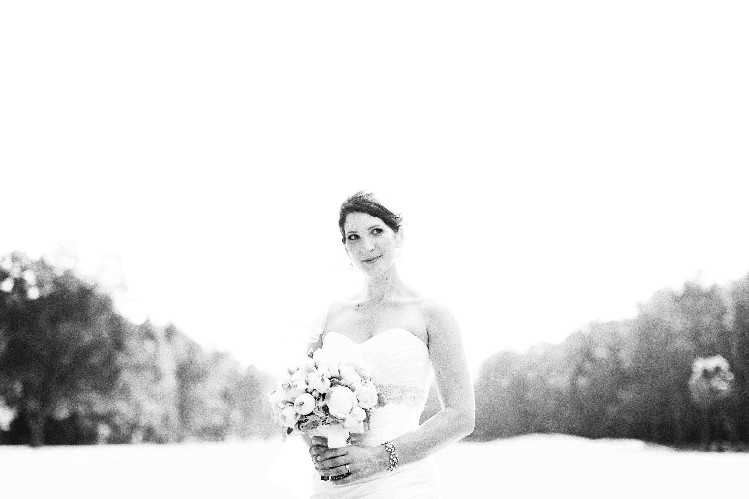 Jes and Ian wedding Bay View Golf Club Sydney Bridal Portrait