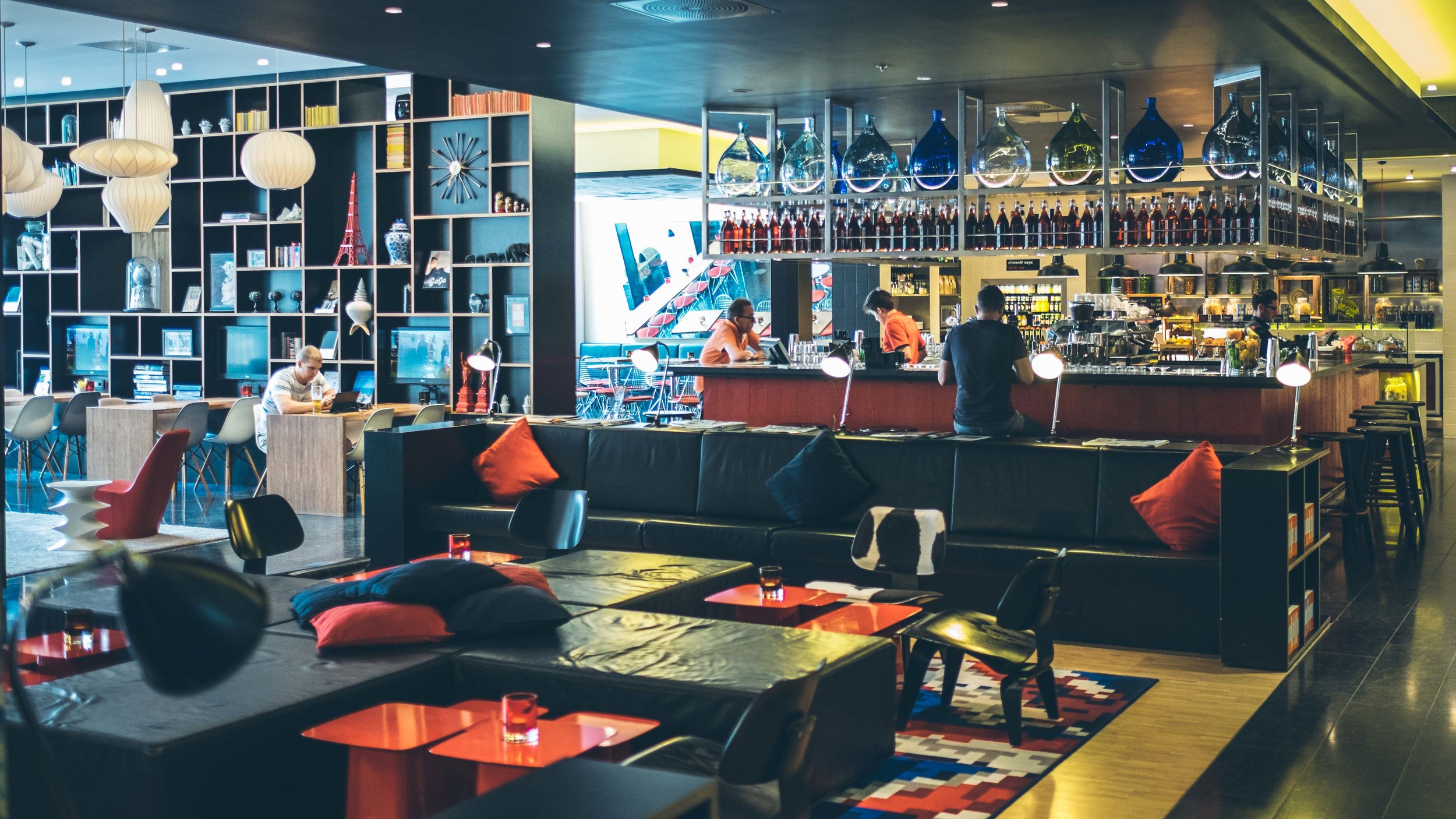 CitizenM: Lounge