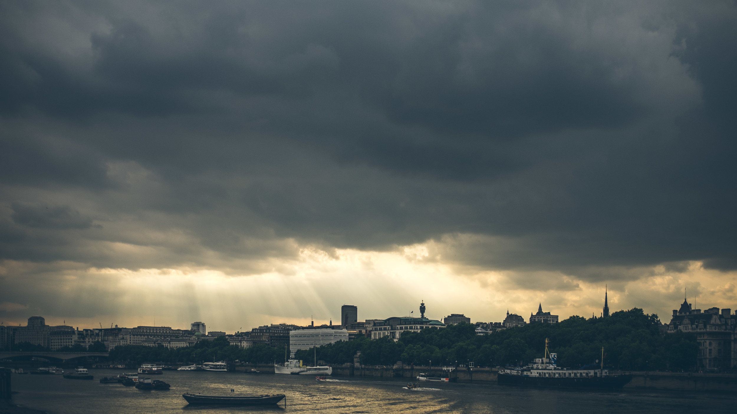 Moody London: that's more like it