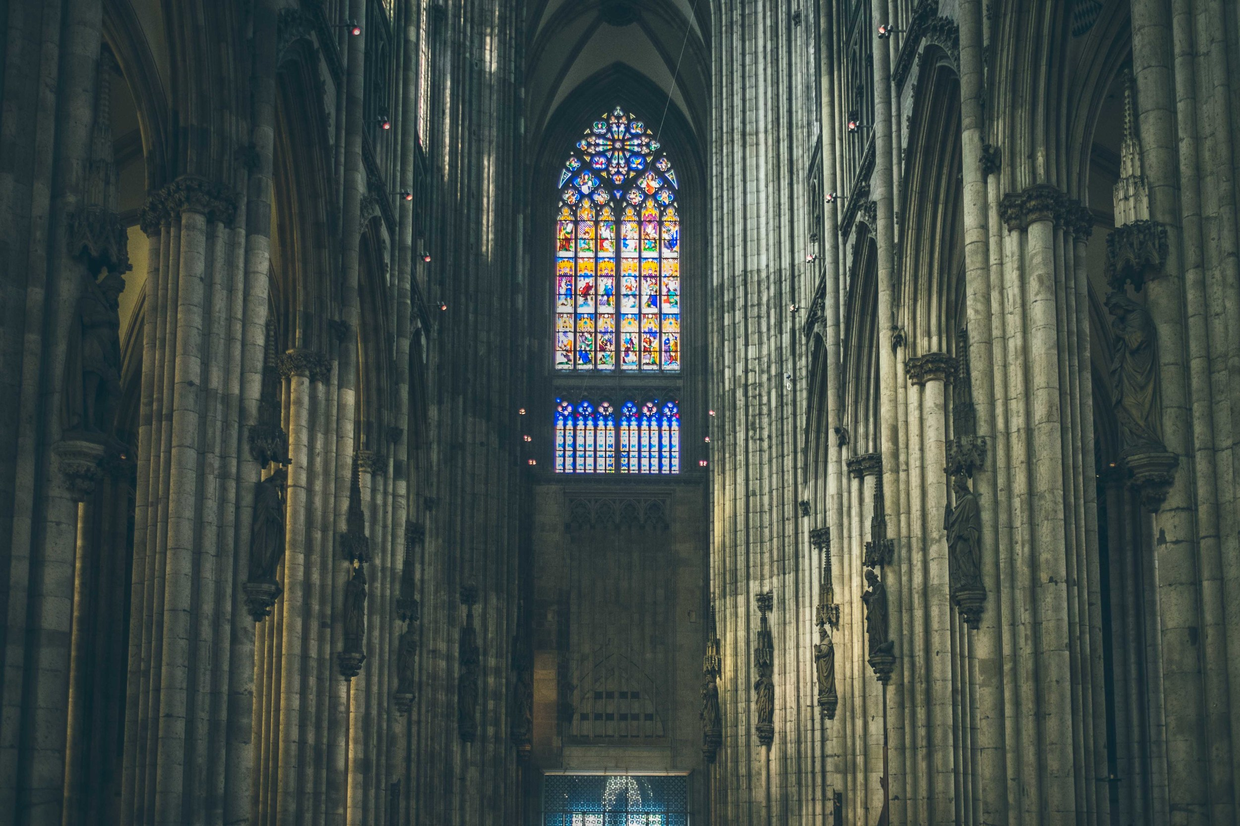Cologne Cathedral interior: straight out of Lord Of The Rings