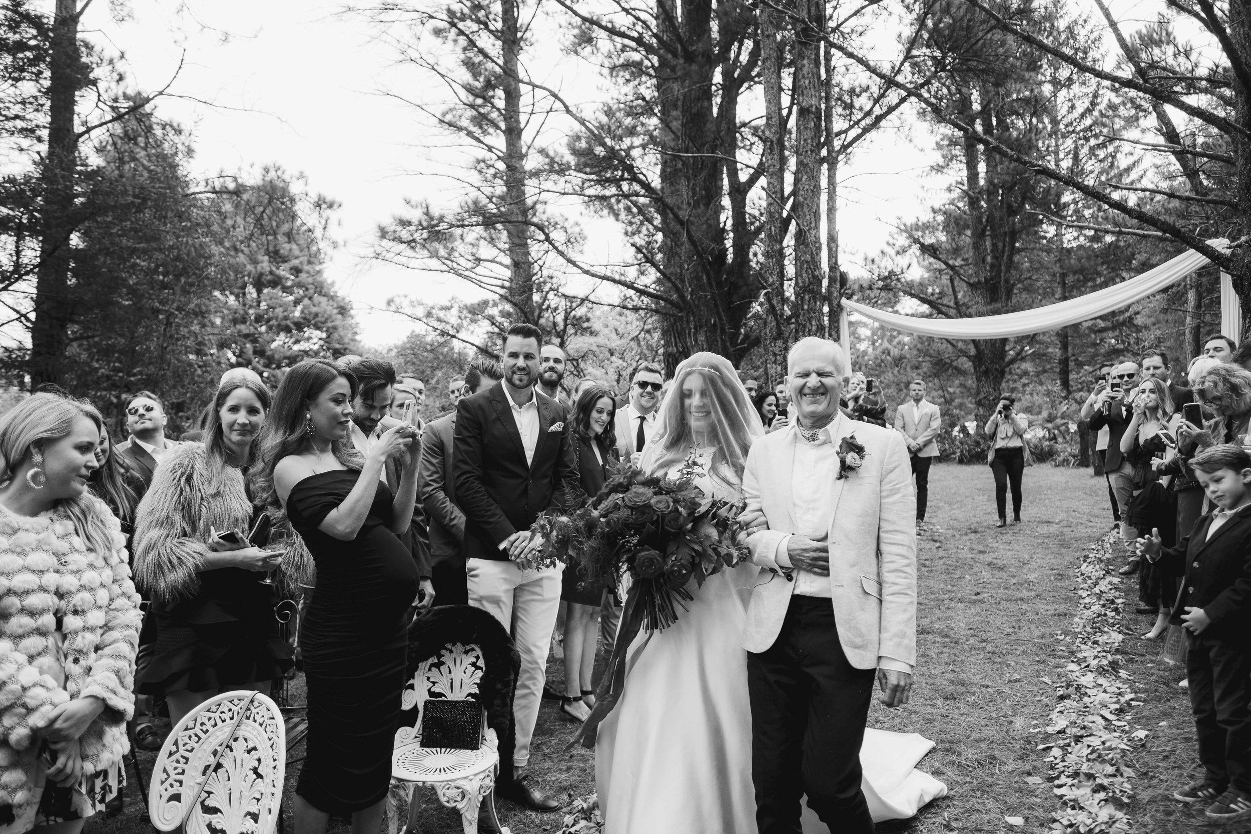 Bella and Jono Allview Escape Blue Mountains Wedding.jpg