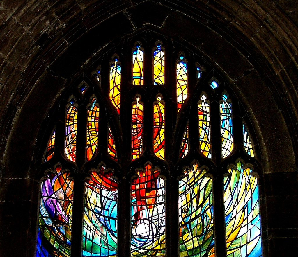Healing Window, Manchester Cathedral (Linda Walton, 2004). Photo:  Andy Read