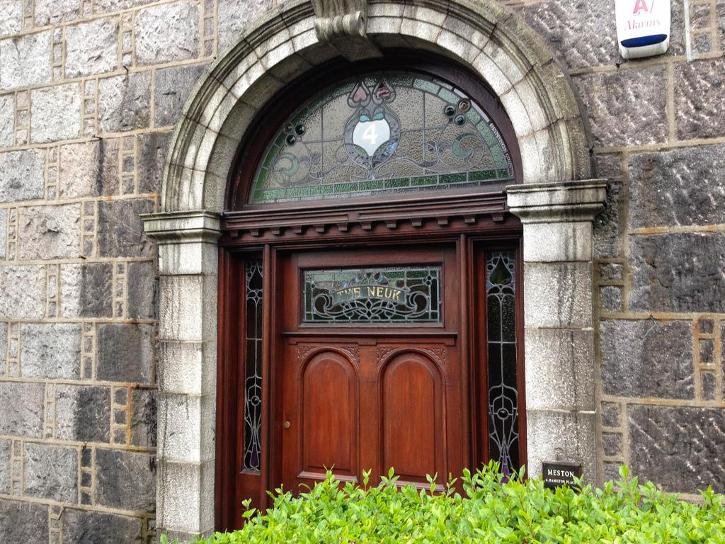 Victorian doorway, Rosemount, Aberdeen. Photo: Gordon Watt