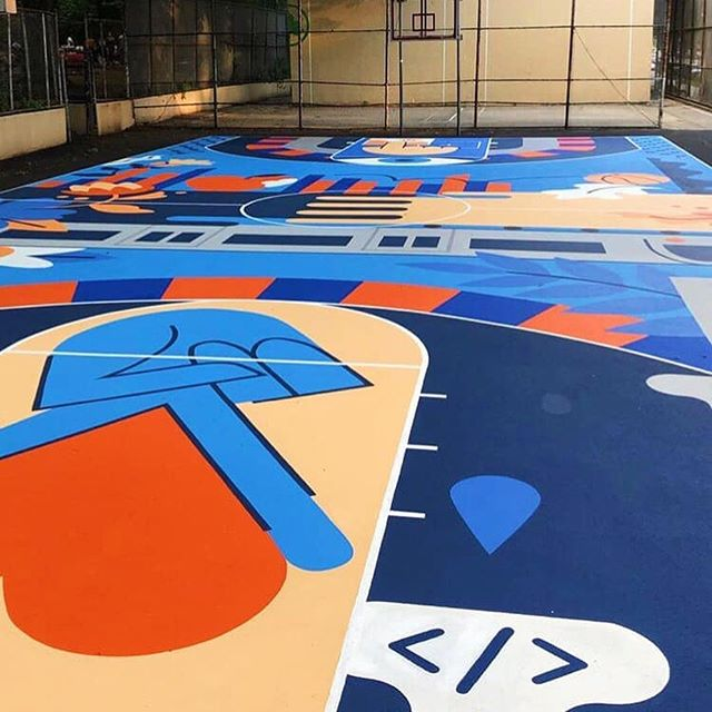 You haven't lived until you've seen (or played on!!!) our @laurarbee's court in Harlem! In partnership with @nyknicks & our buds at @squarespace. We design, paint, and draw on anything over here. What'll be next? You tell us!