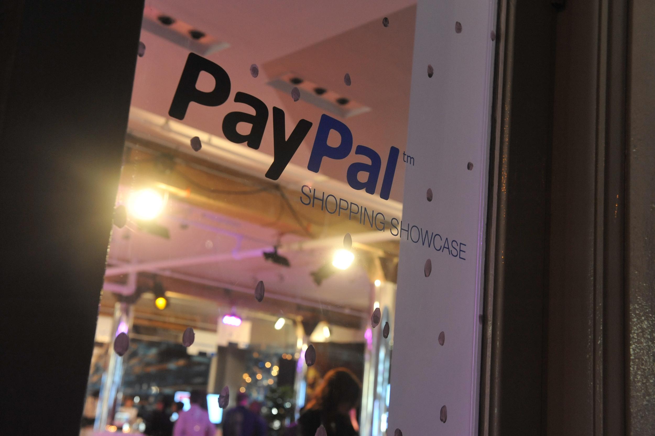 PayPal Shopping Showcase