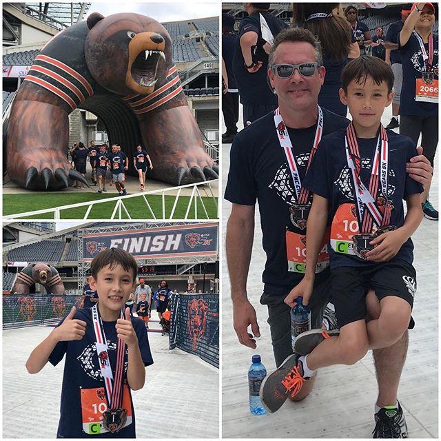 Bears 5k, a great way to start the day! . . #bears5k #chicago #bears #chicagobears #5k #run #running #summerinthecity