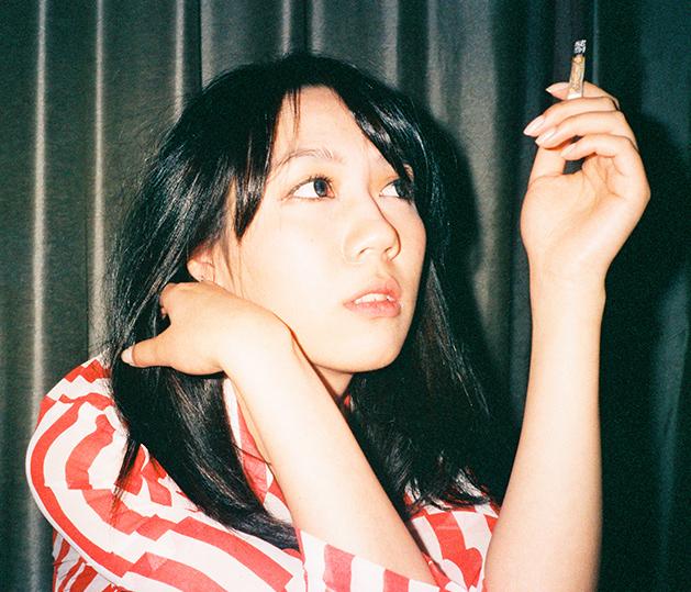 Ka Xiaoxi, represents a countercultural, progressive, morally detached, younger generation in his photos.