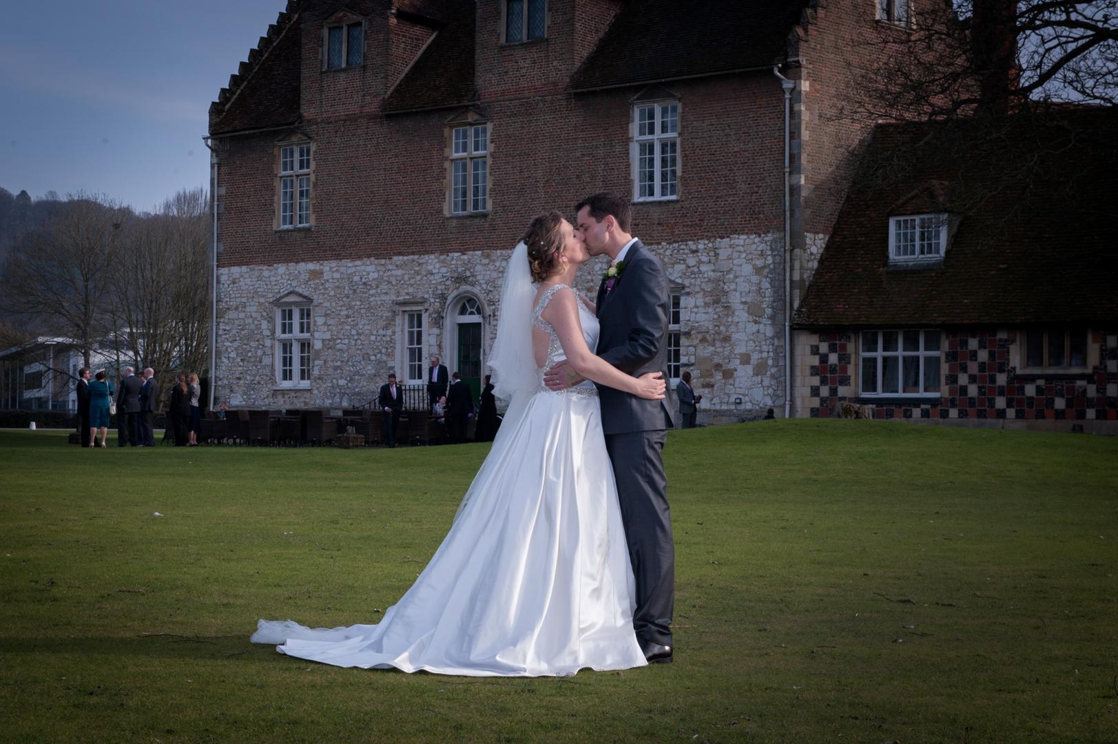 bisham-abbey-wedding_12.jpg
