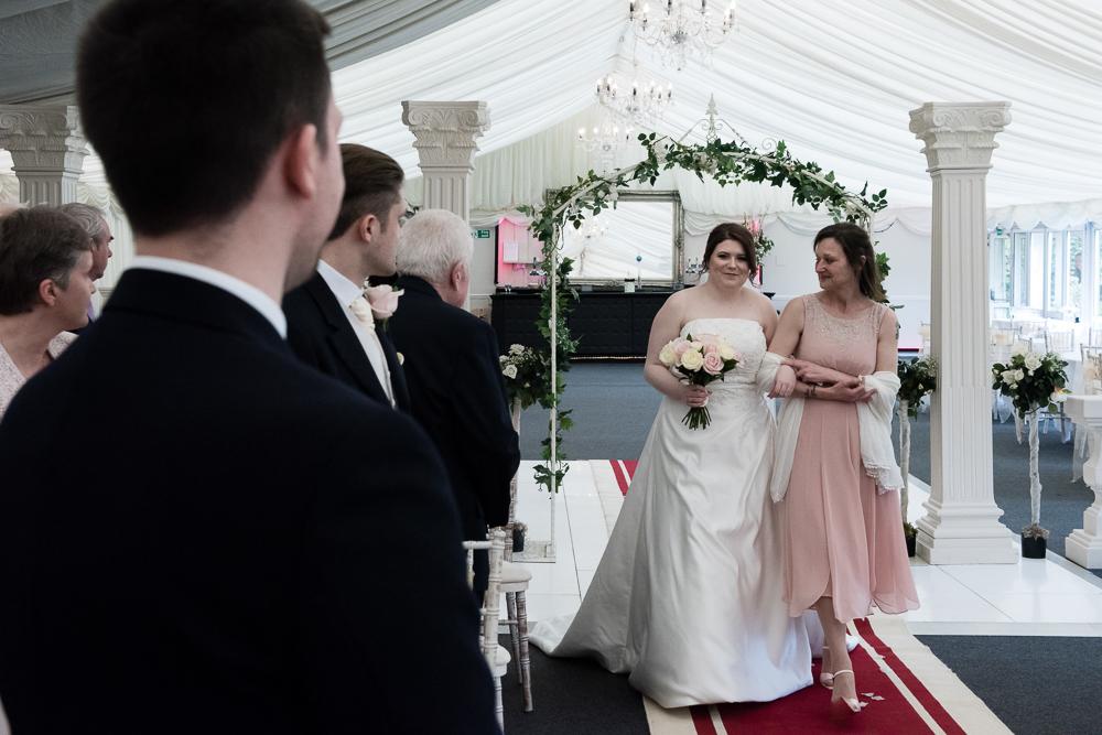 Trunkwell House Wedding Photographer03.JPG