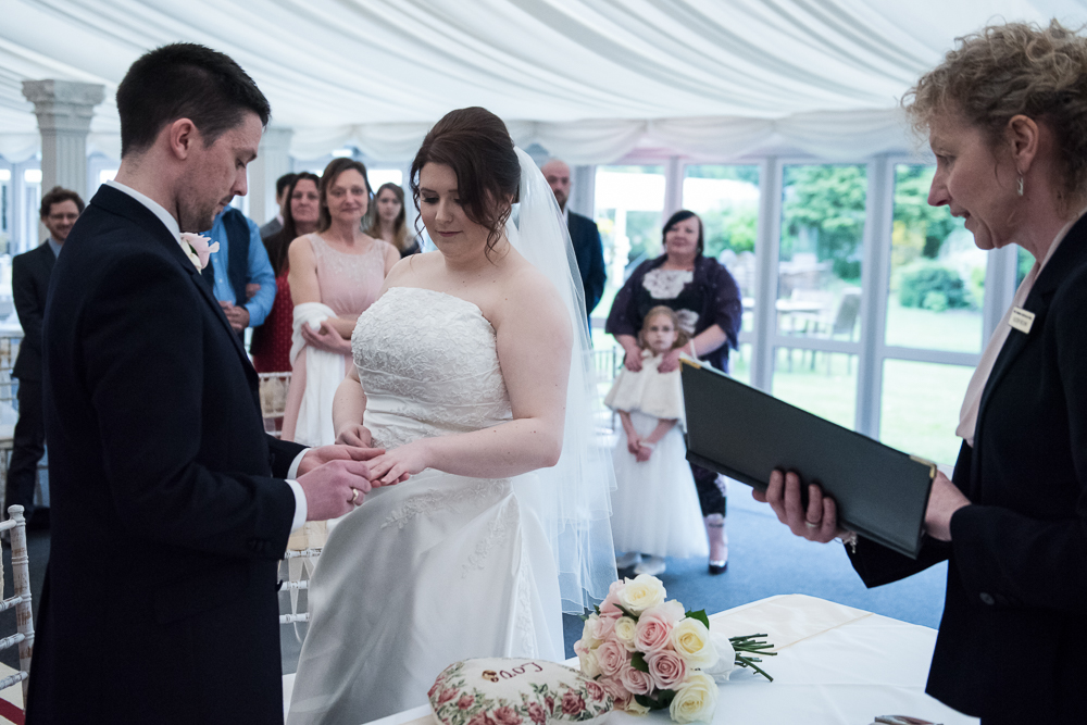 Trunkwell House Wedding Photographer06.JPG