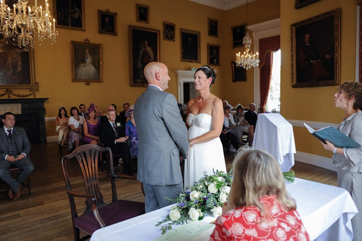 Salisbury Guildhall Wedding photography_25.jpg