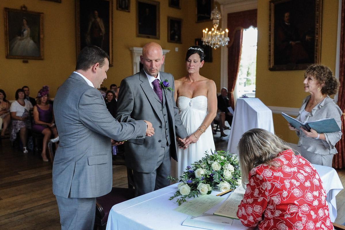 Salisbury Guildhall Wedding photography_32.jpg