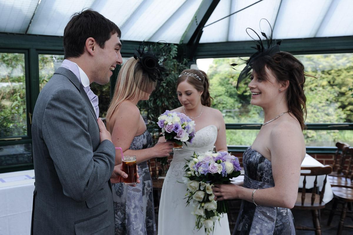 Old Mill Aldermaston wedding photography_24.jpg