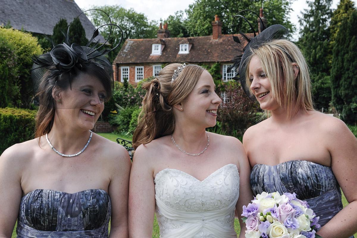 Old Mill Aldermaston wedding photography_28.jpg