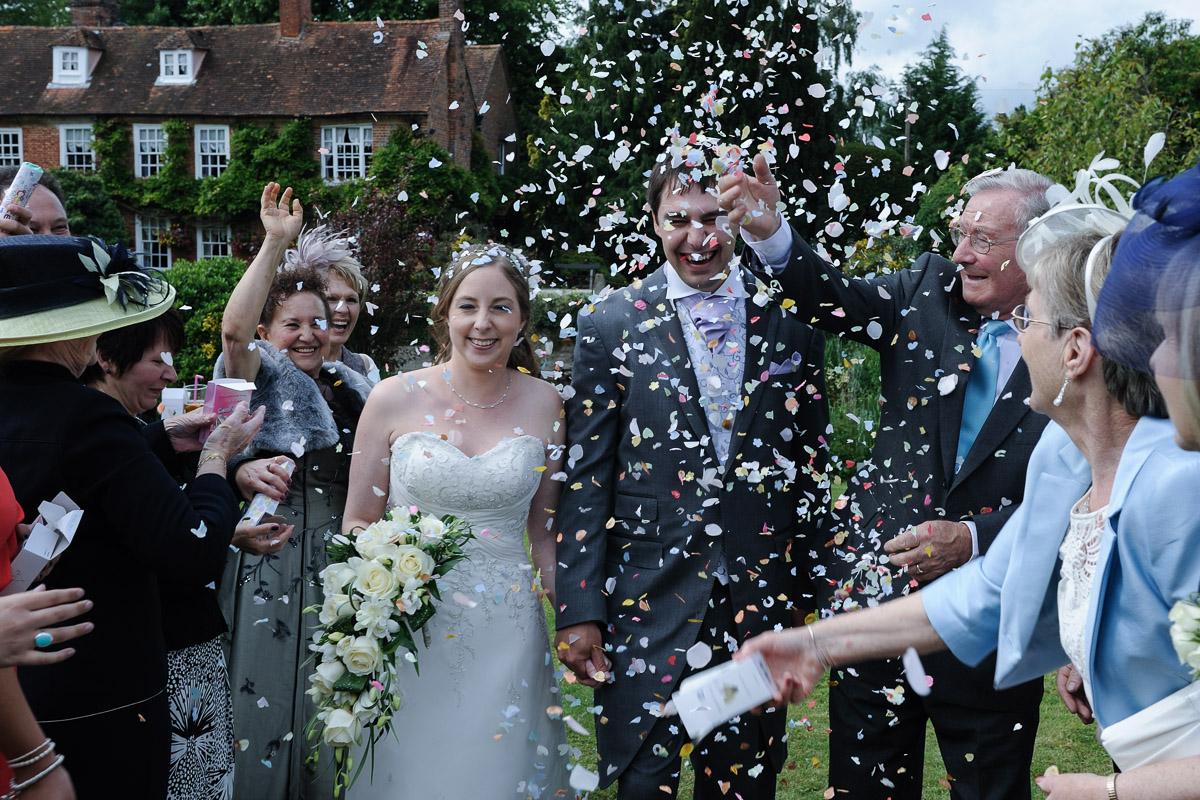 Old Mill Aldermaston wedding photography_32.jpg