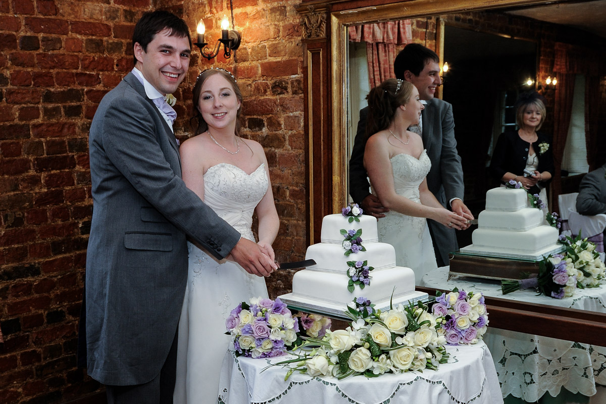 Old Mill Aldermaston wedding photography_61.jpg