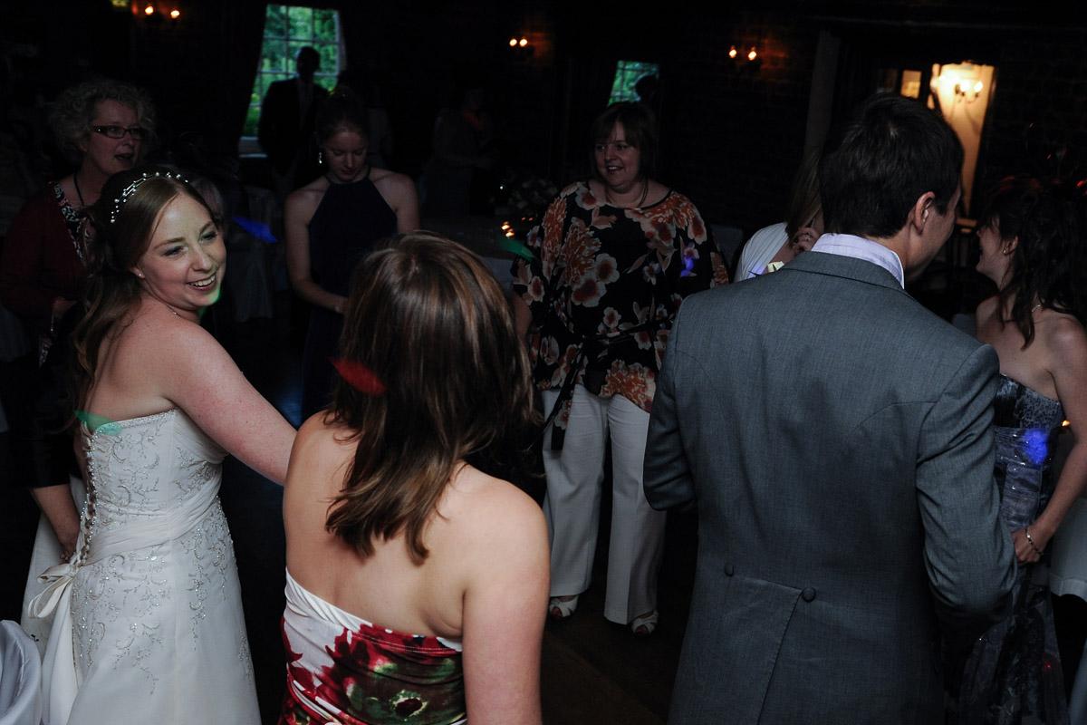 Old Mill Aldermaston wedding photography_85.jpg