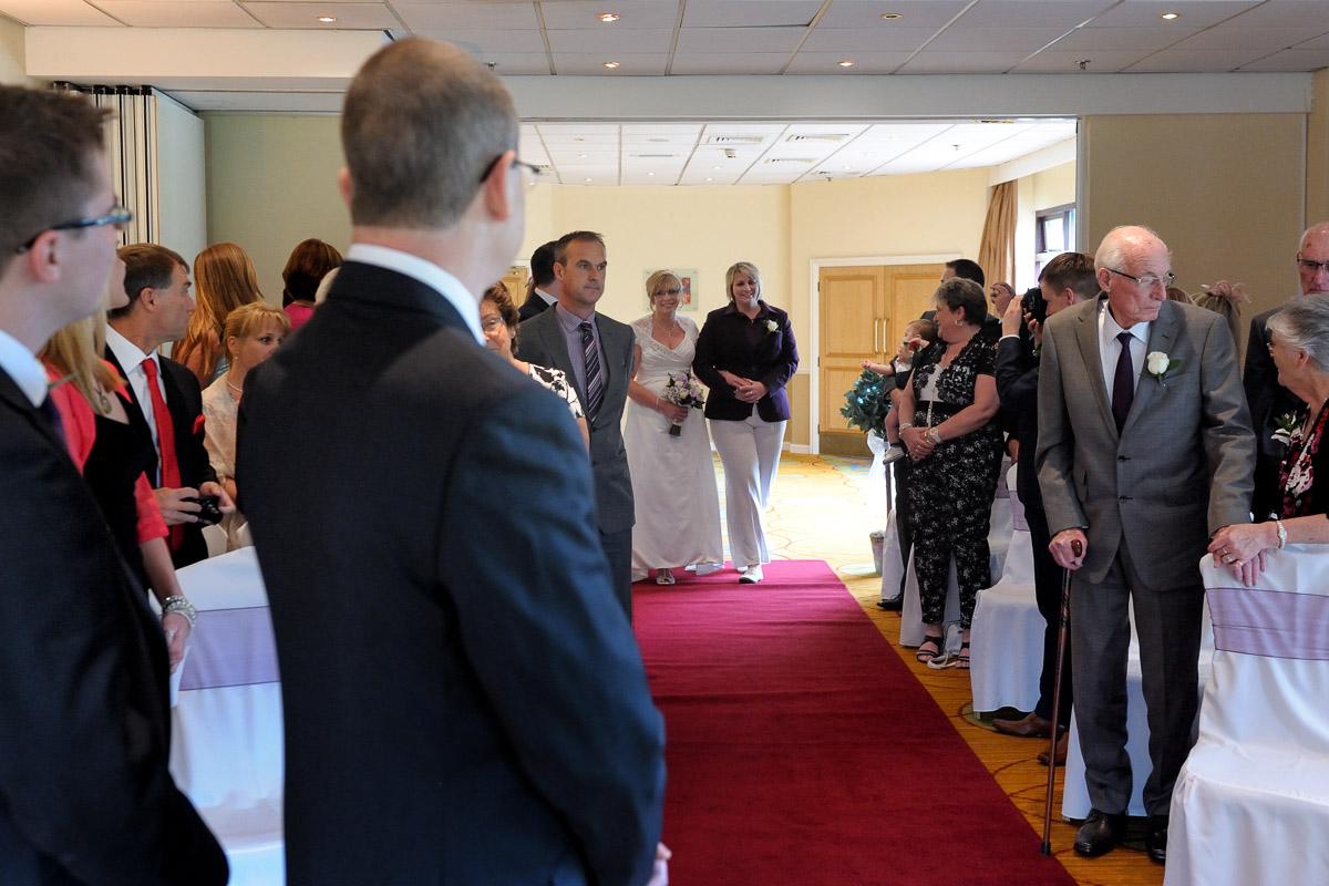 Meon Valley Marriott wedding photography_06.jpg