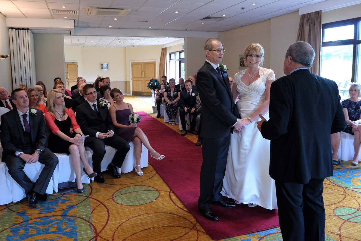 Meon Valley Marriott wedding photography_10.jpg