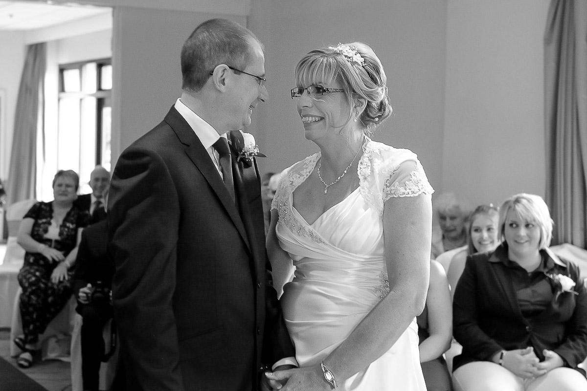Meon Valley Marriott wedding photography_11.jpg