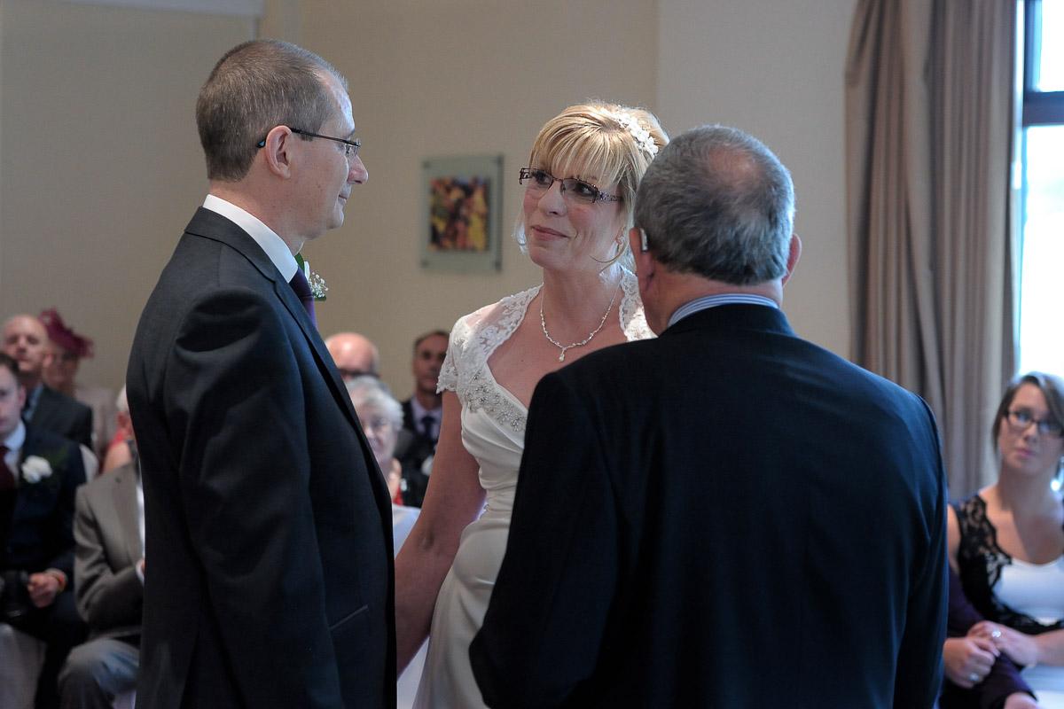 Meon Valley Marriott wedding photography_12.jpg