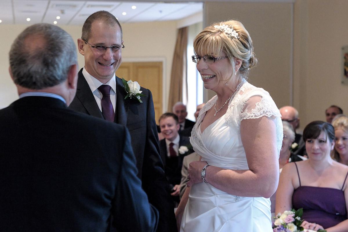 Meon Valley Marriott wedding photography_16.jpg
