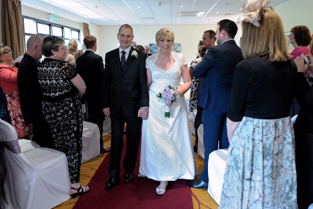 Meon Valley Marriott wedding photography_23.jpg