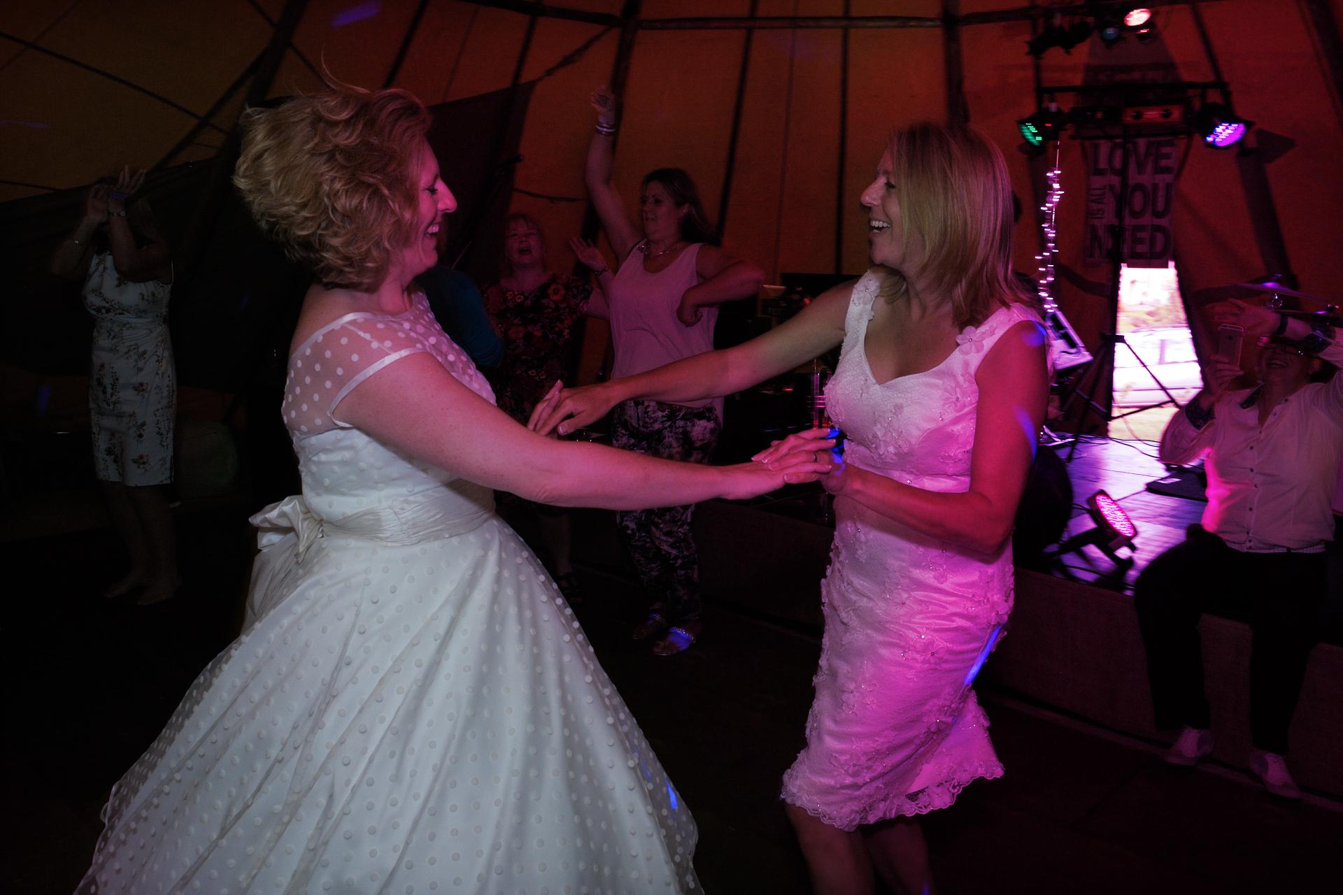 Box-Wiltshire-wedding-photography_105.JPG