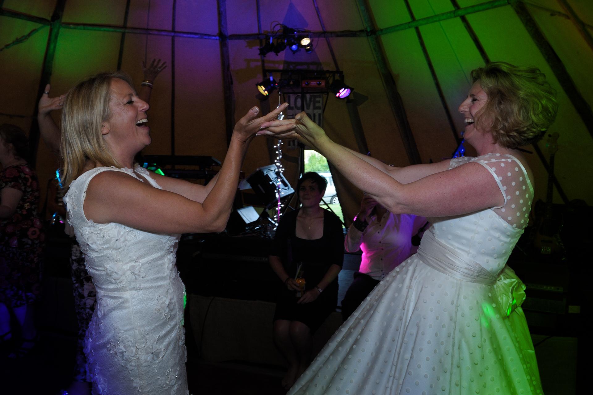 Box-Wiltshire-wedding-photography_107.JPG