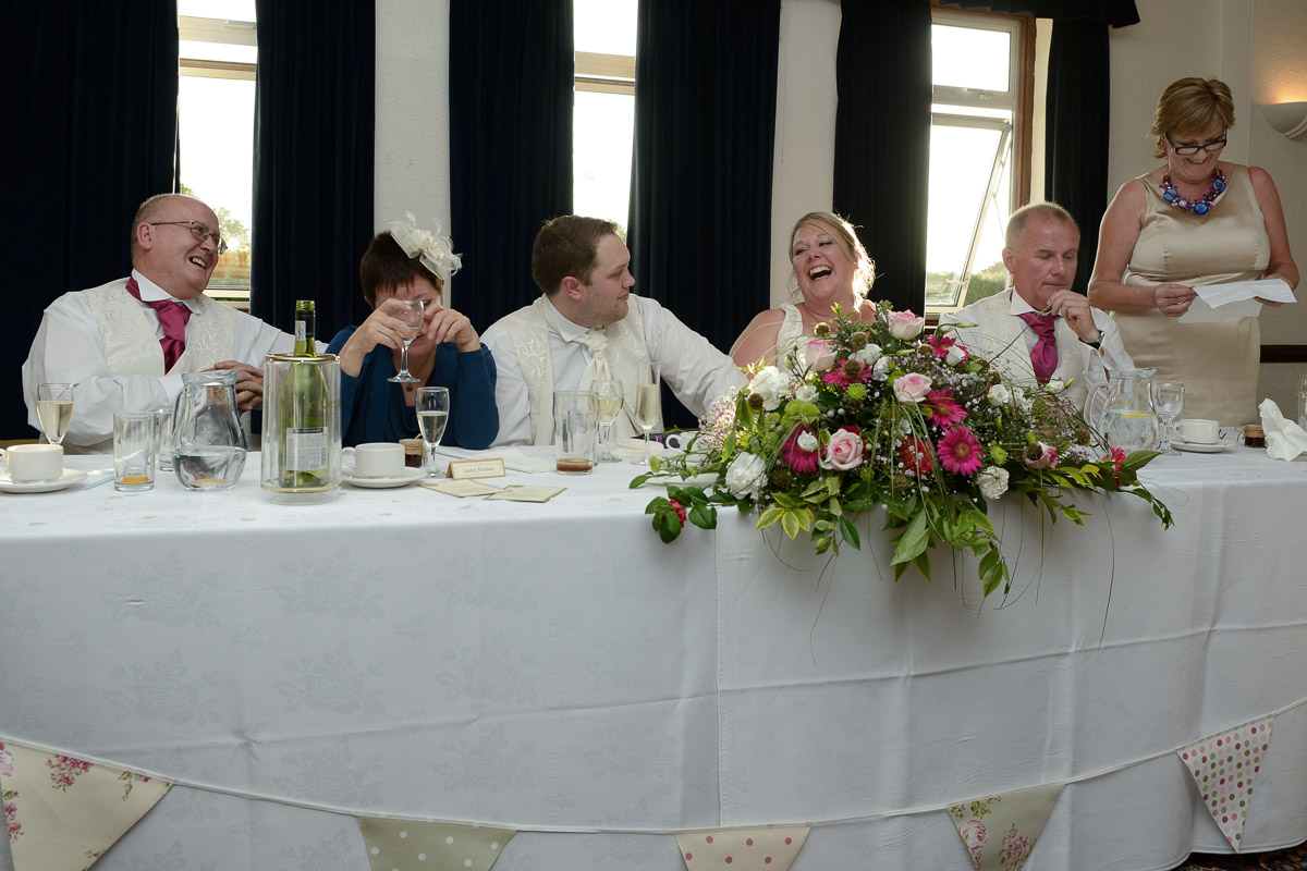 salisbury-racecourse-wedding_024.jpg