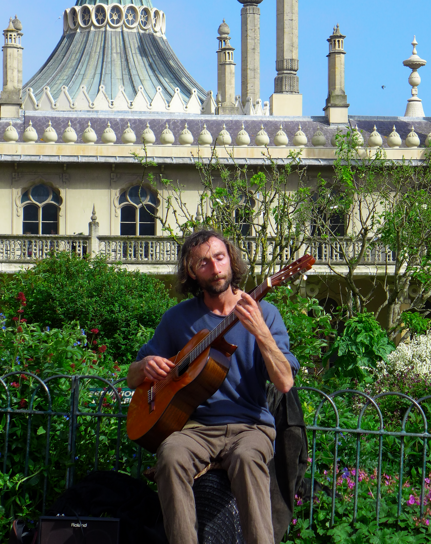 Classical Busker 2.png