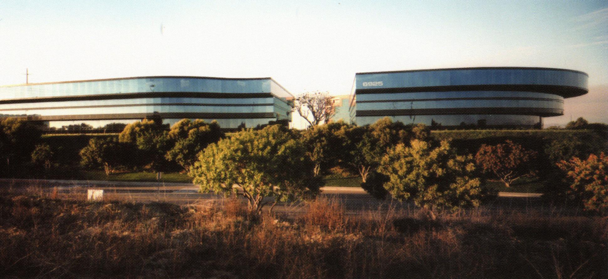 Wateridge_Corporate_Center.jpg