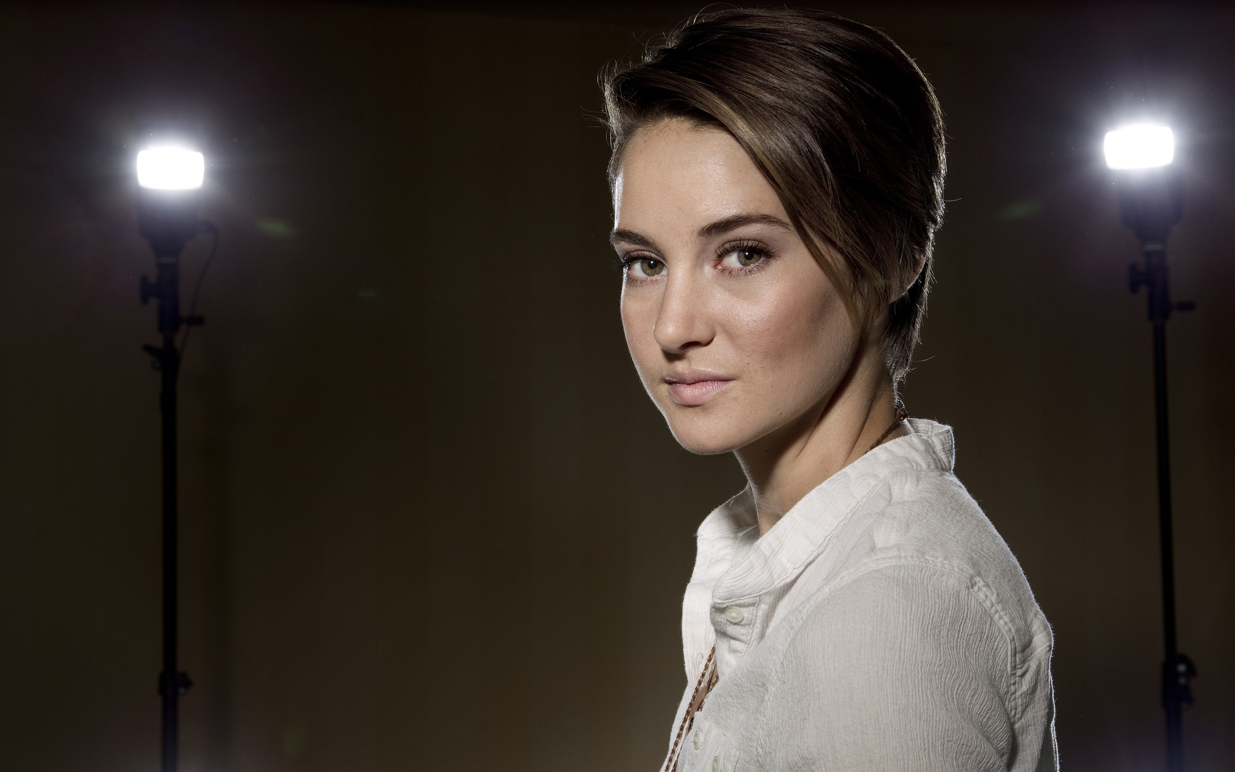 Actress Shailene Woodley backlit.