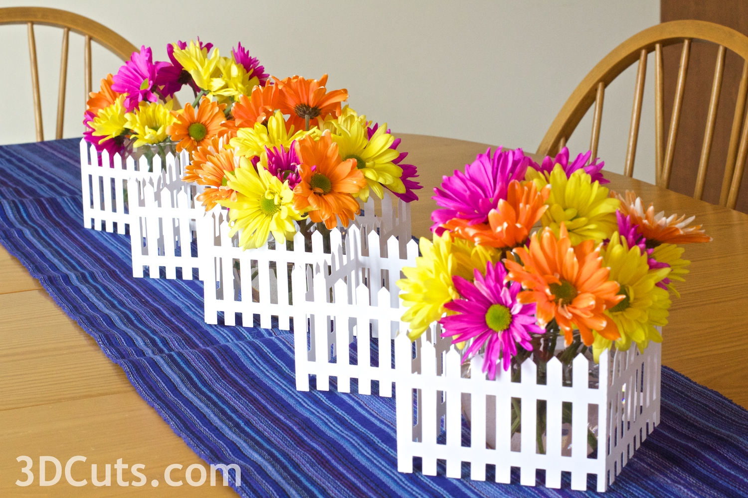 3d Picket Fence Centerpiece cutting files by 3dCuts.com, Marji Roy designs 3D cutting files in .svg, .dxf, and .pdf formats for use with Silhouette and Cricut cutting machines, paper crafting files, complete tutorial included