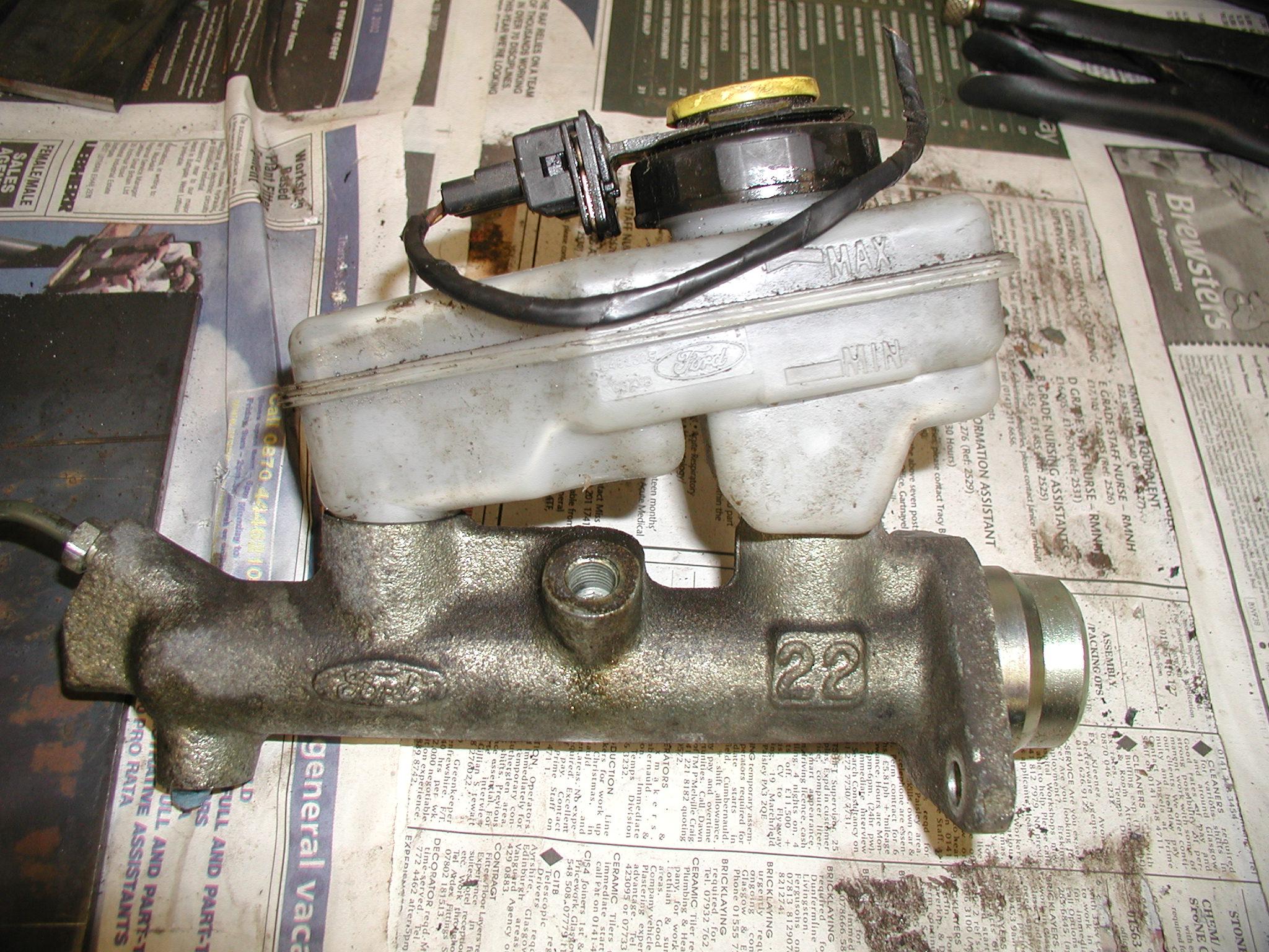 Sierra brake master cylinder