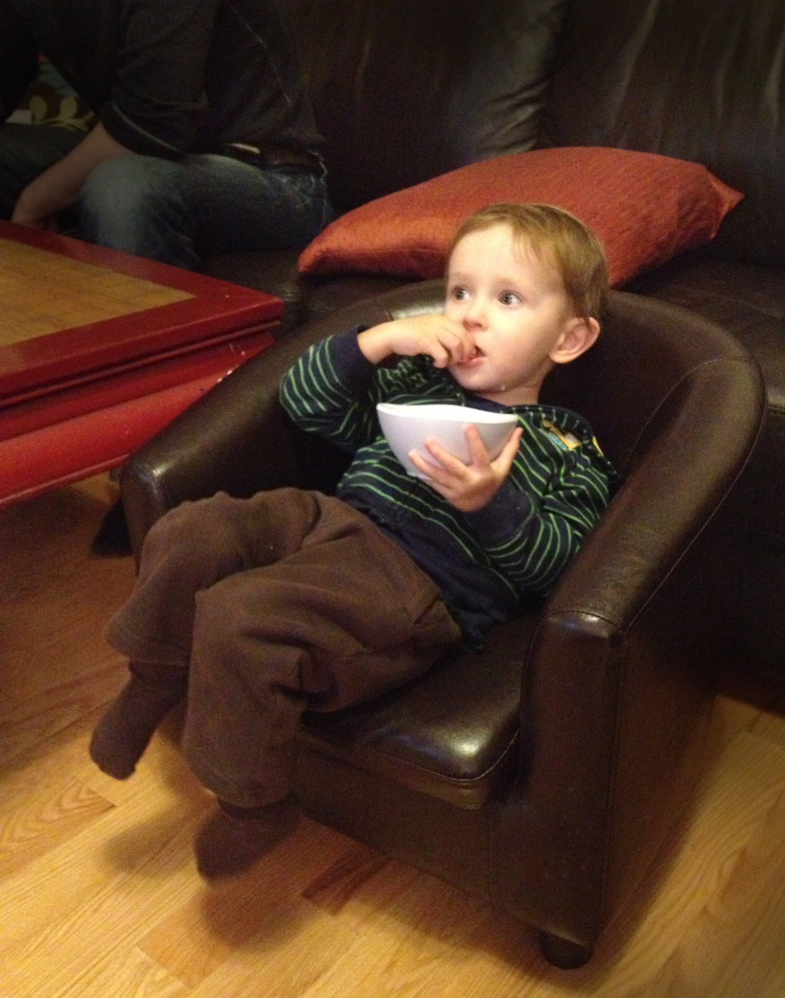 Eating popcorn like a boss