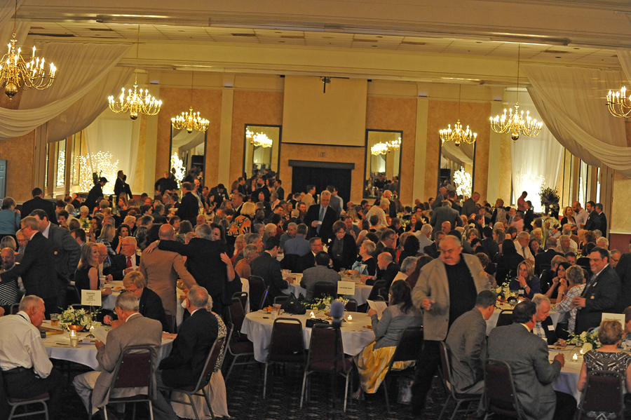 AOH, family and friends filled the Columns Banquet Center in St. Charles. (Photo by Lance Theby)