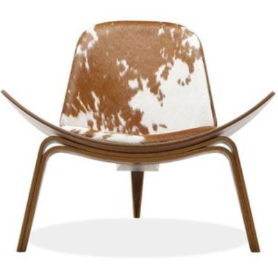 wegner shell chair.jpg