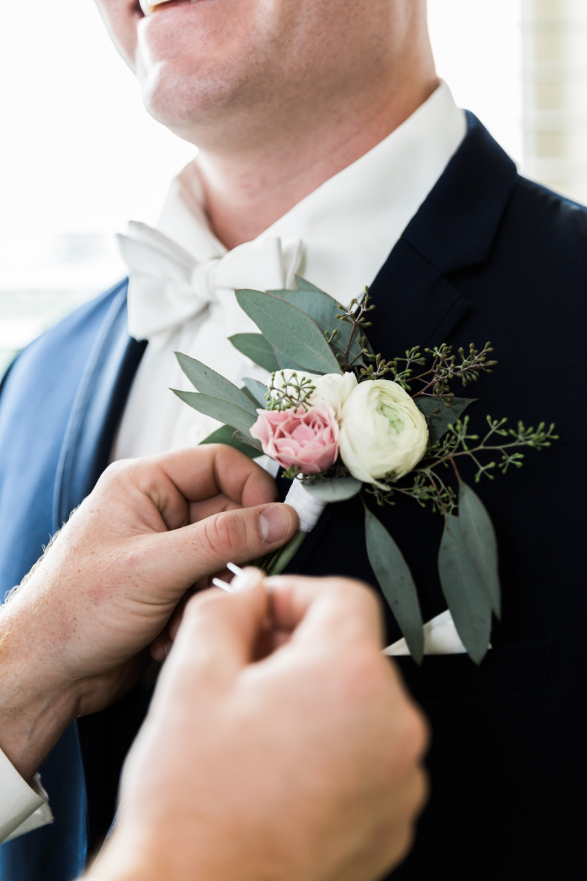Wedding day tips for grooms and groomsmen answered by A Sweet Start, a Maine wedding officiant. Photo by  Windy Hill Photography