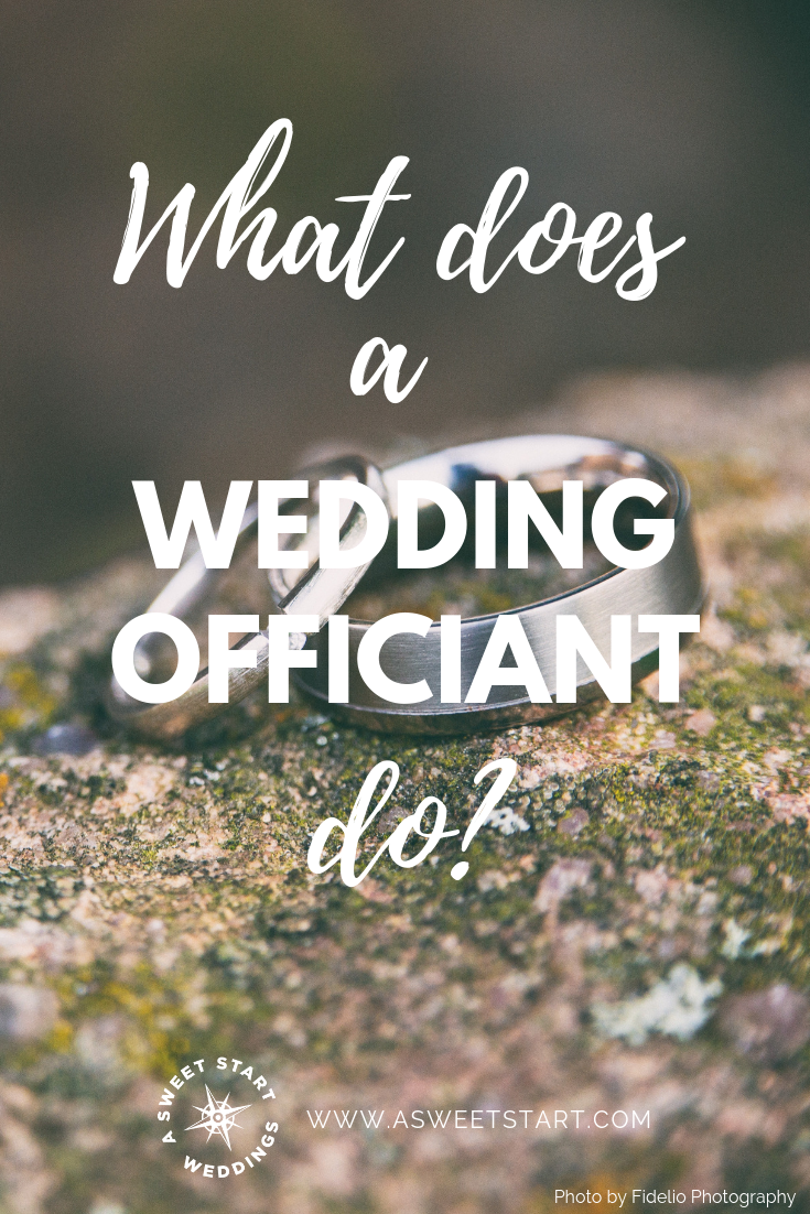 What does a professional wedding officiant actually do? Photo by  Denny Müller