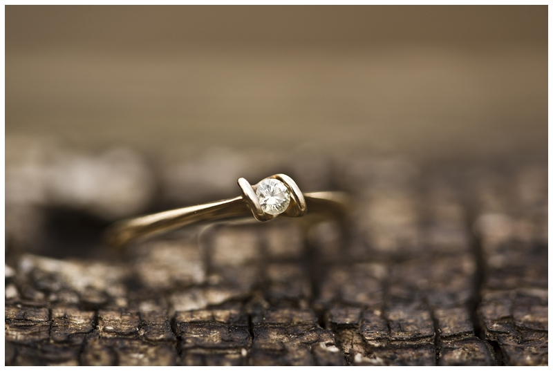 Simple and elegant (plus I love gold)