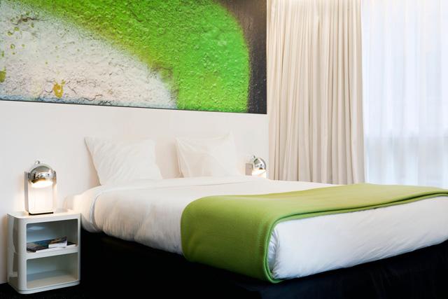 pantone-hotel-13.jpg