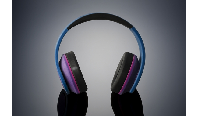 color_cm_and_rubber_headphones.jpg