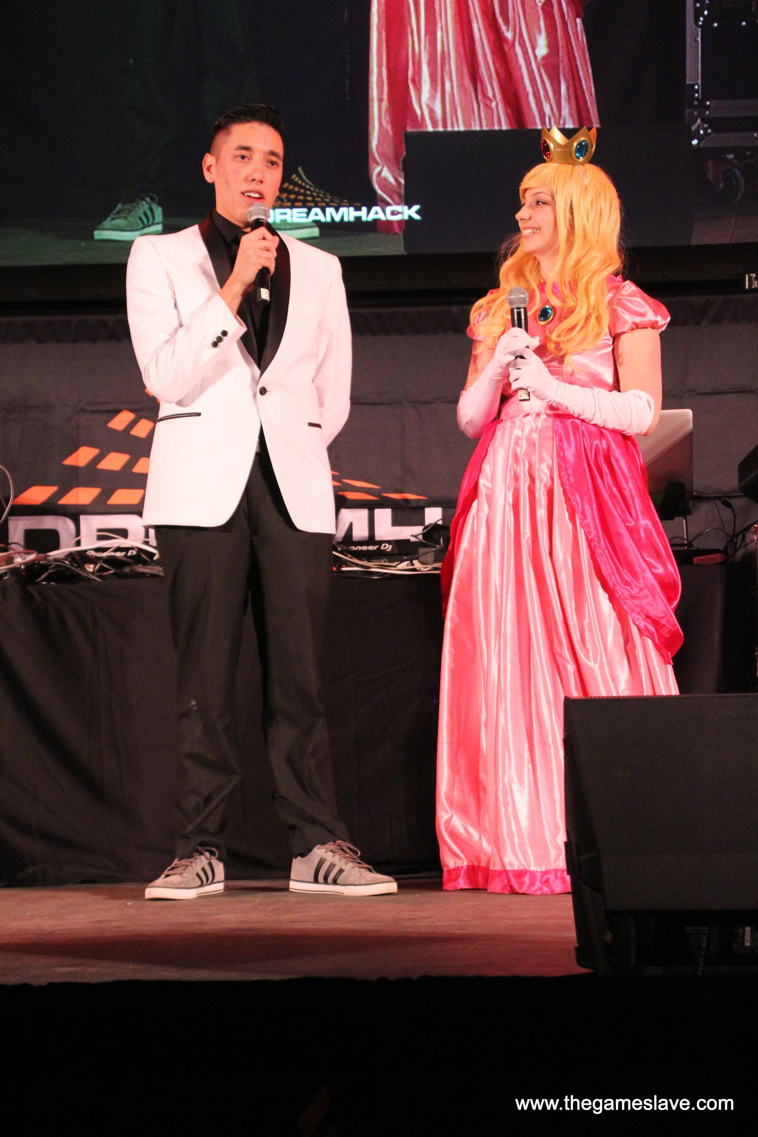 Dreamhack Denver 2017 Costume Contest   (3).JPG