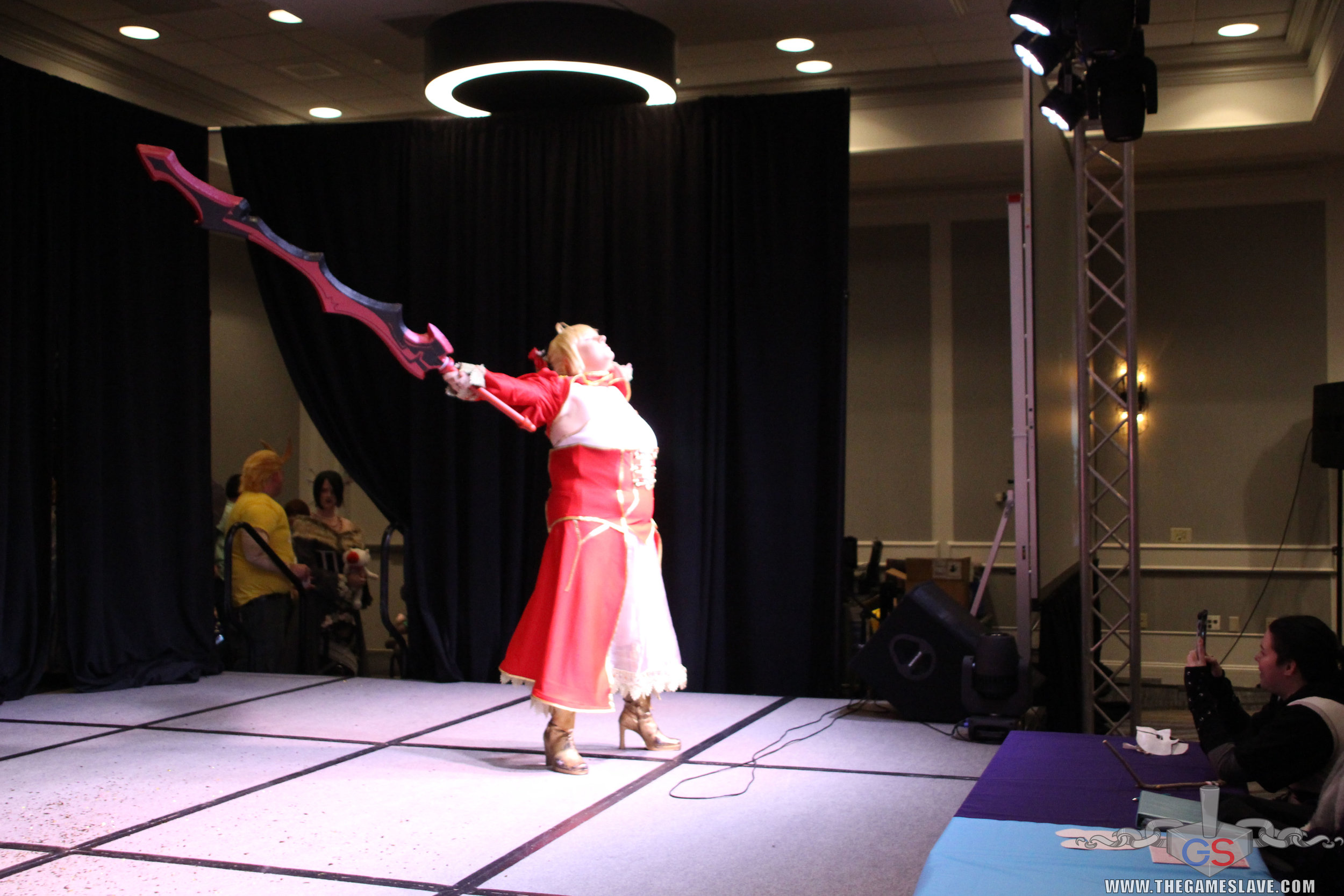 COAF 2019 Costume Contest-154.jpg