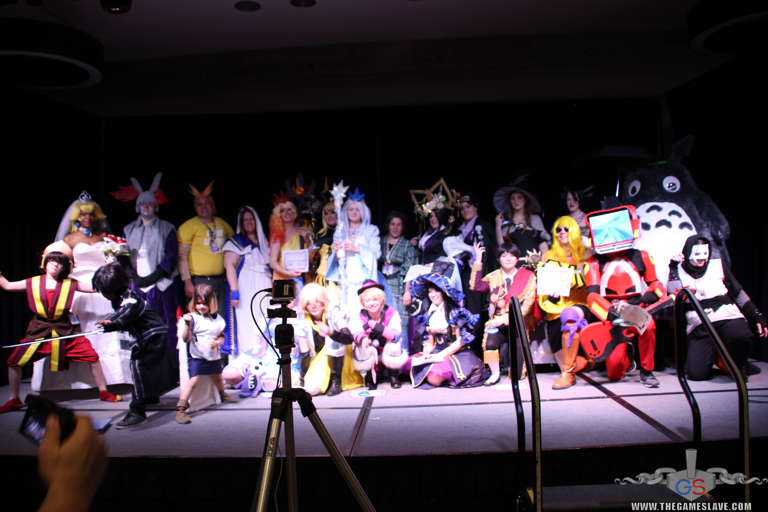 COAF 2019 Costume Contest-365.jpg