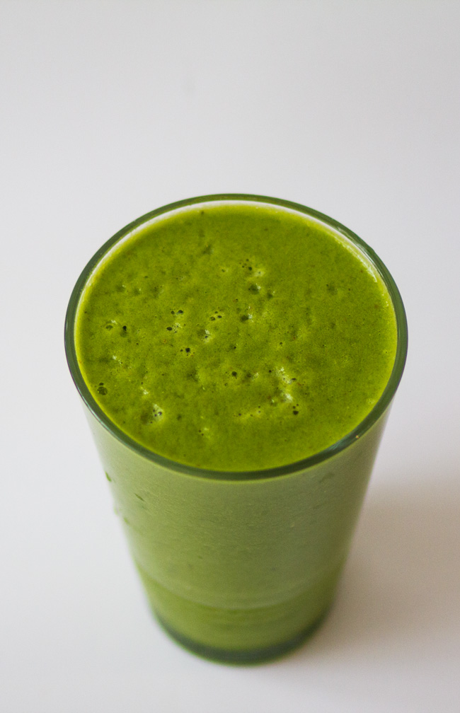easy-green-smoothie-recipe.jpg